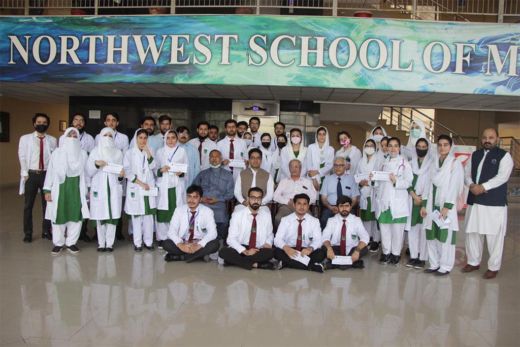 Northwest School of Medicine scholarship distribution ceremony